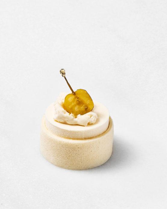 Pastel de manzana blanca.